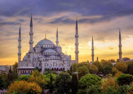مسجد استانبول در غروب