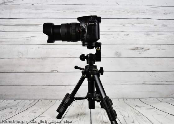 دوربین عکاسی با نمای پشت چوبی