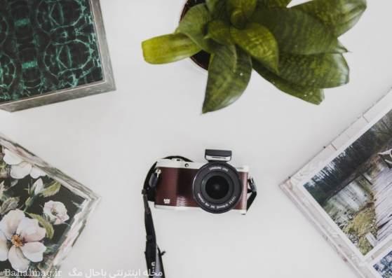 دوربین عکاسی در وسط