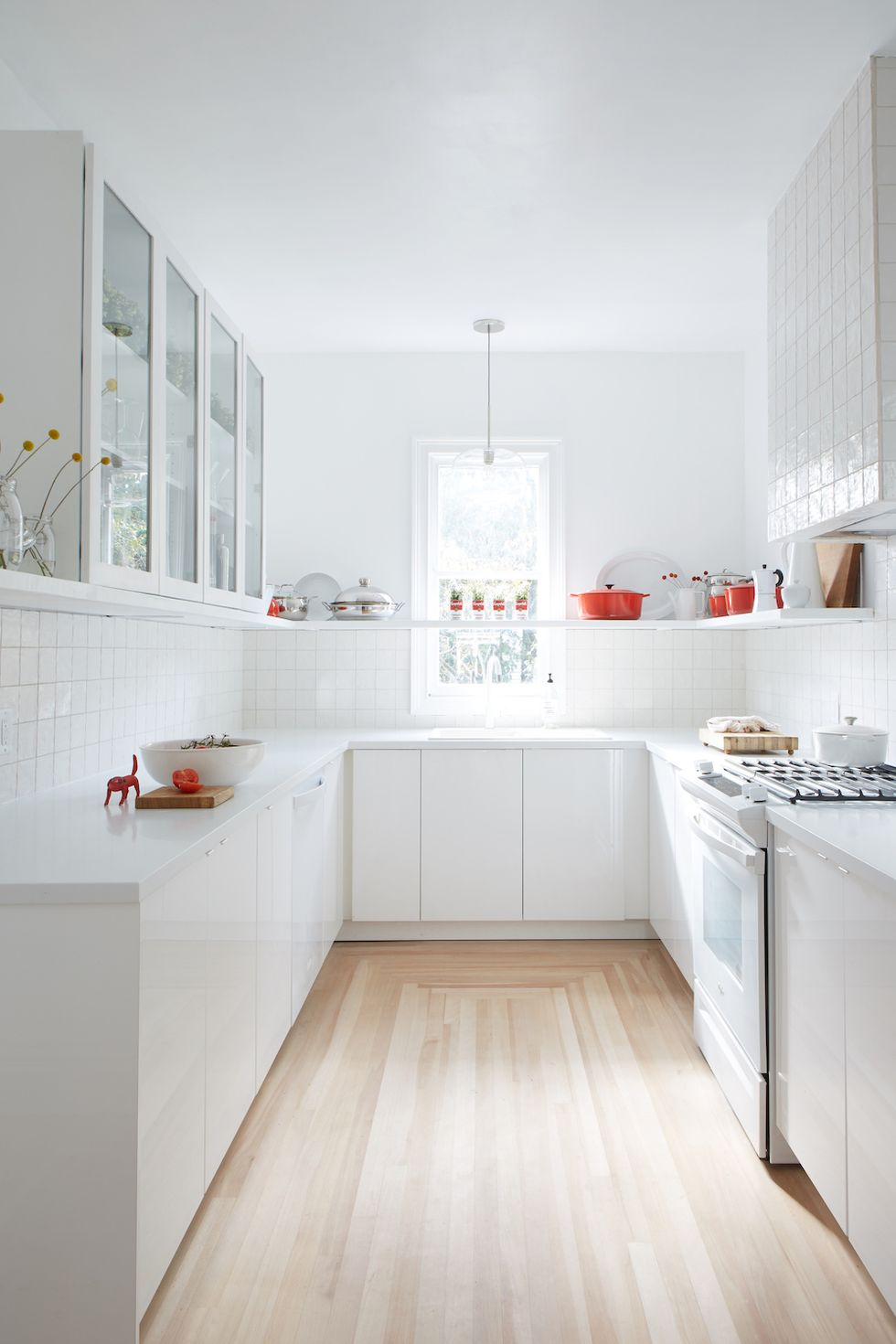 مدل رنگ زیبا برای آشپزخانه های ساده و شیک