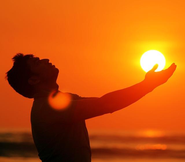 پسر با خورشید