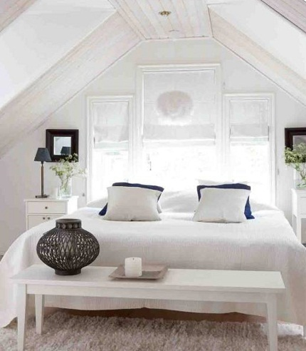 اتاق خواب سفید رنگ زیبا و مجهز