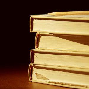 عکس زیبا از کتاب برای پروفایل