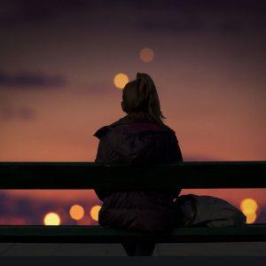عکس پروفایل تنهایی دخترونه تیره