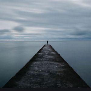 عکس پروفایل تنهایی دخترونه دریا