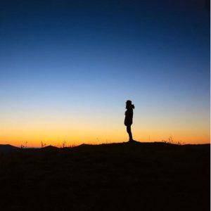 عکس پروفایل دخترونه غروب تنهایی