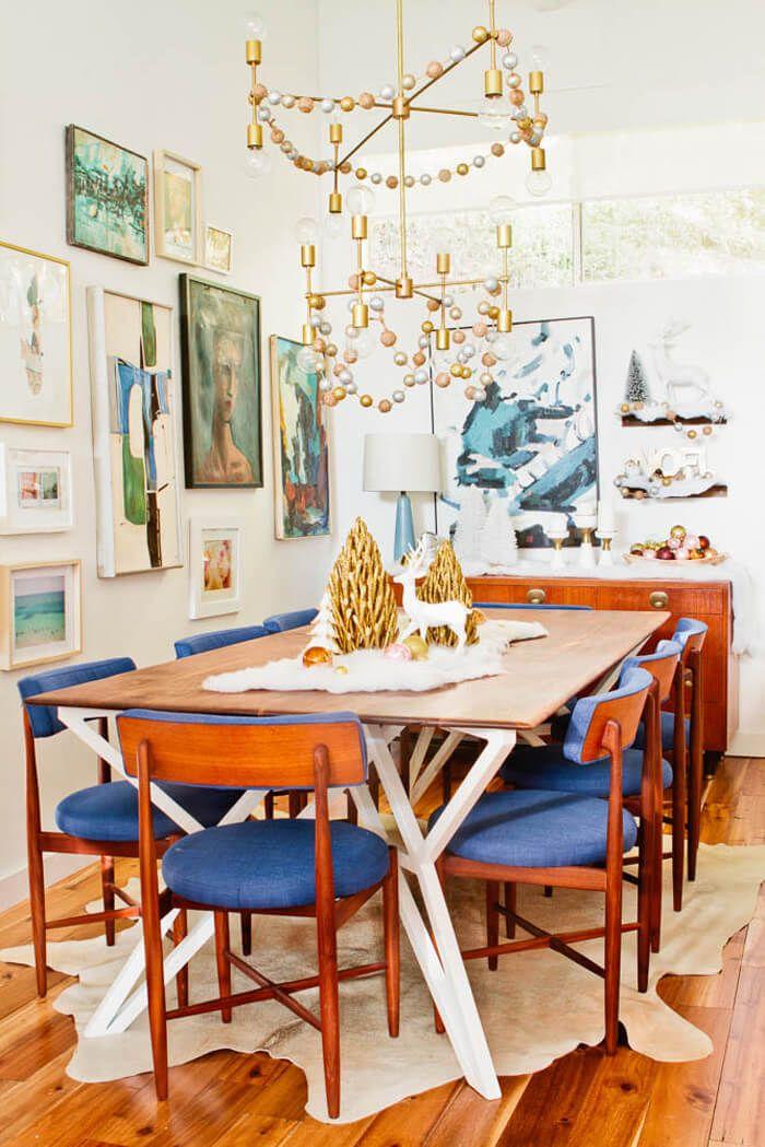 مدل زیبا و شیک و ساده طراحی میز نارنجی رنگ مخصوص کریسمس 2020