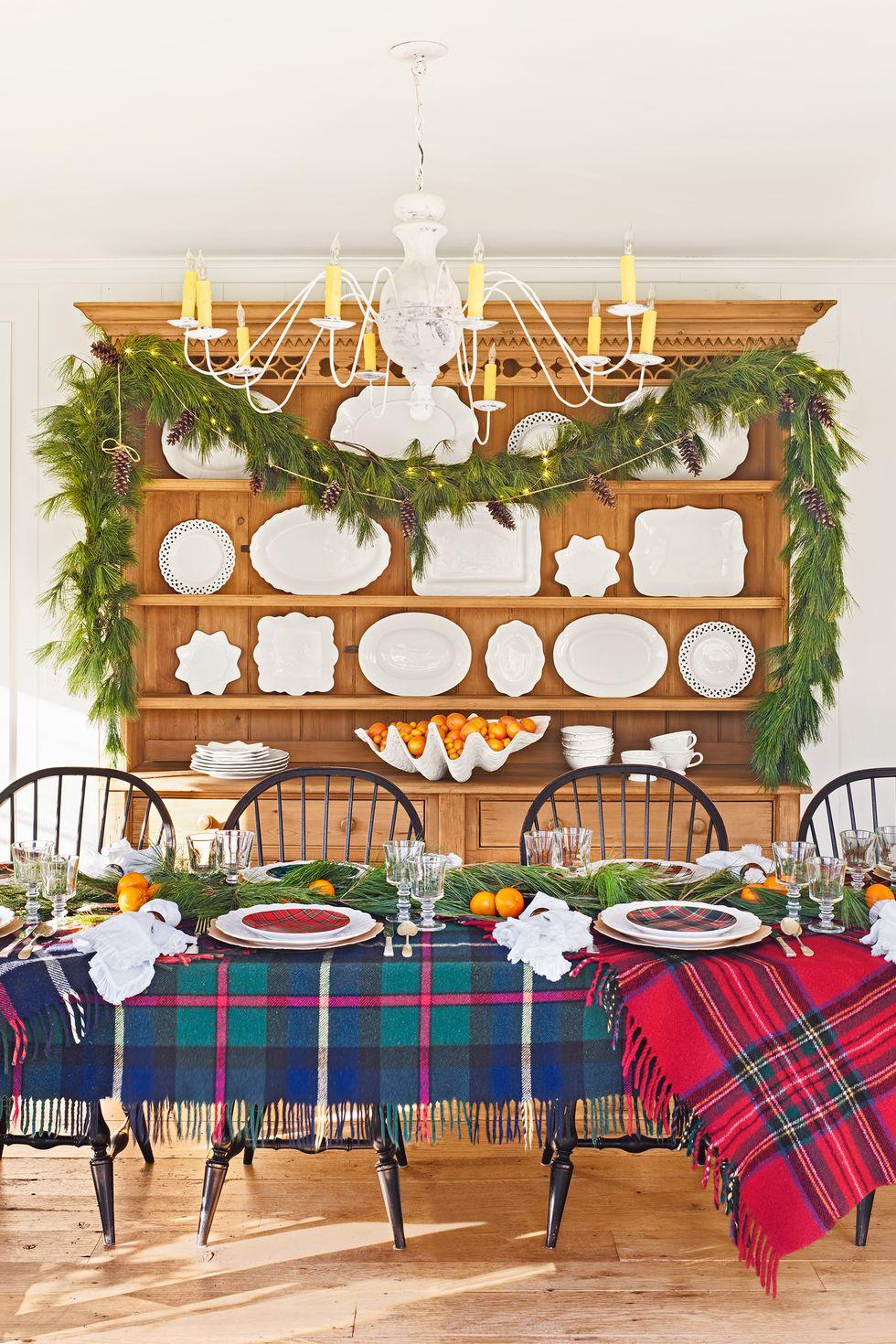 مدل میز زیبای ساده و کلاسیک مخصوص کریسمس 2020