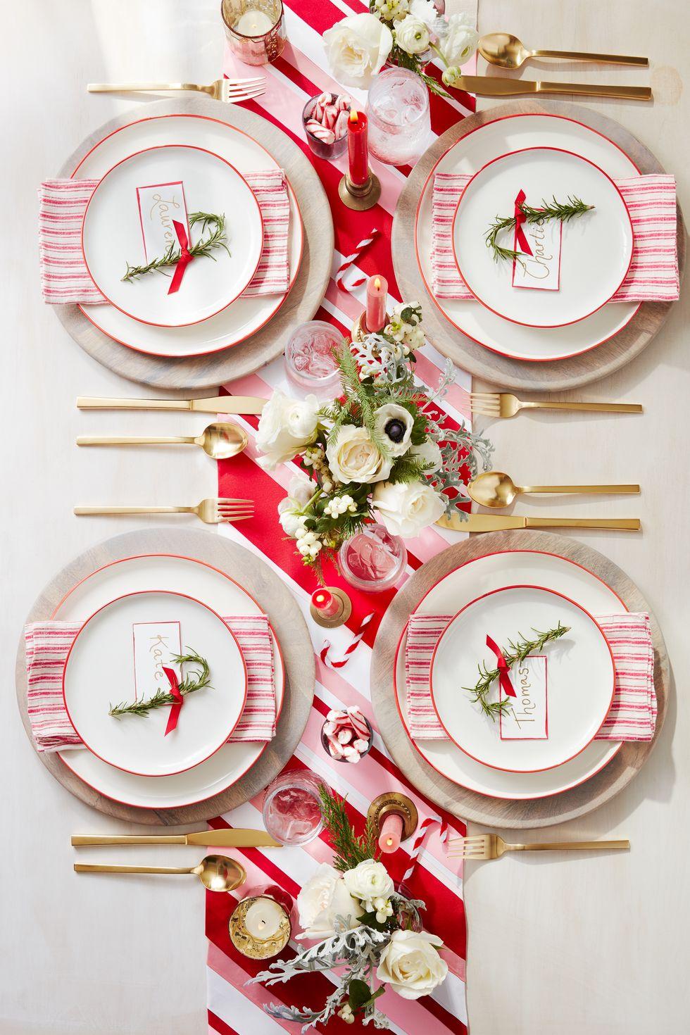 مدل میز زیبا سفید و قرمز کریسمس 2020