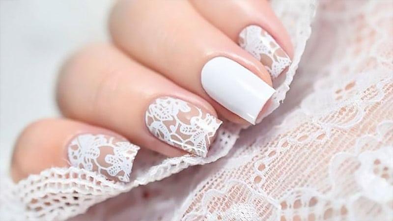 مدل ناخن سفید طرح دار عروس 2020