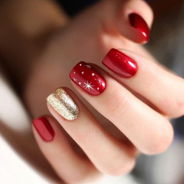 ناخن قرمز و طلایی مخصوص کریسمس