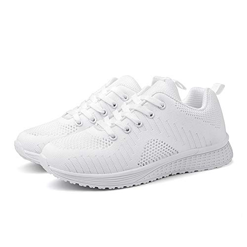 کفش اسپرت سفید رنگ زنانه مخصوص سال 2002