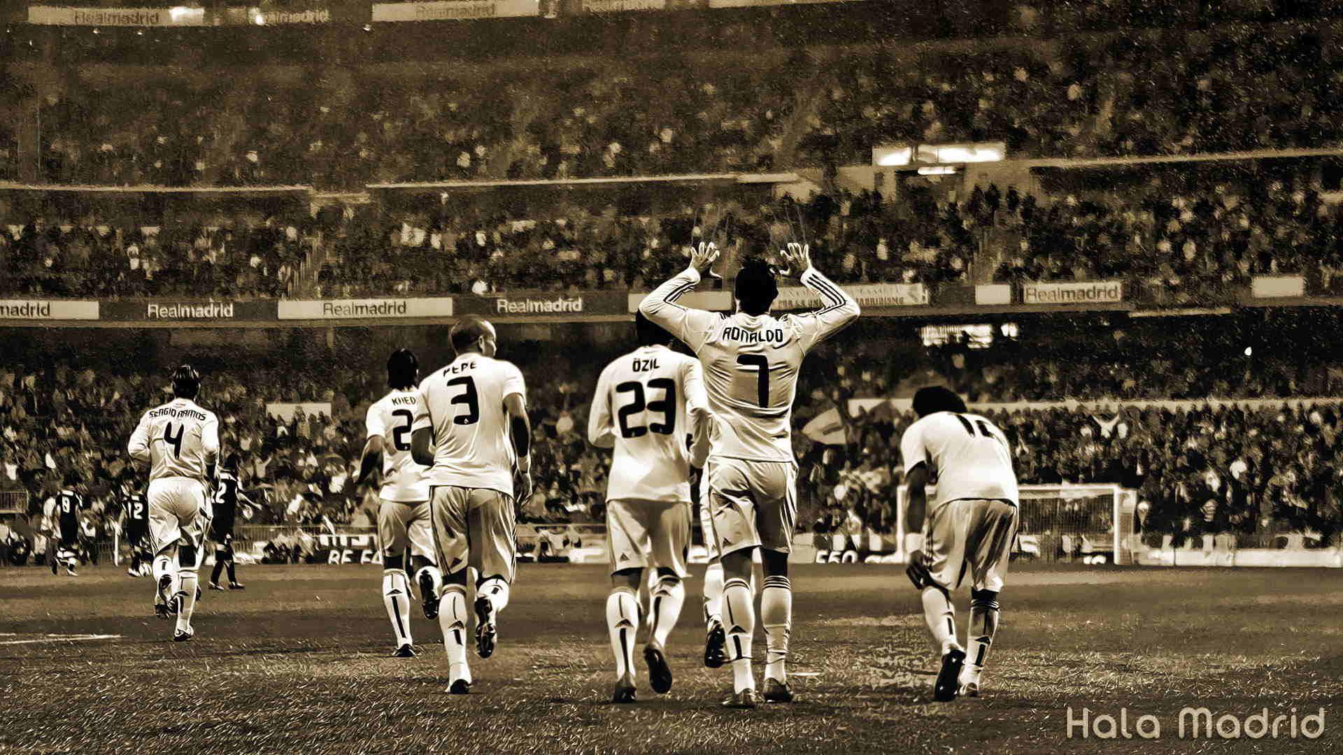 عکس خاص و نمای دیدنی و تاریخی از خوشحالی بازیکنان رئال