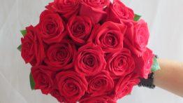 مدل دسته گل قرمز و شیک و خاص دیدنی سال ۹۹