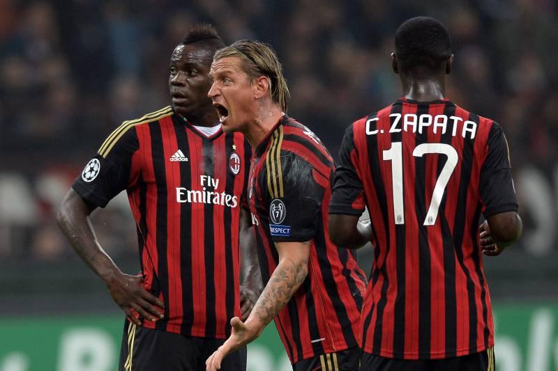 بازیکنان میلان 2013 در یک بازی لیگ قهرمانان