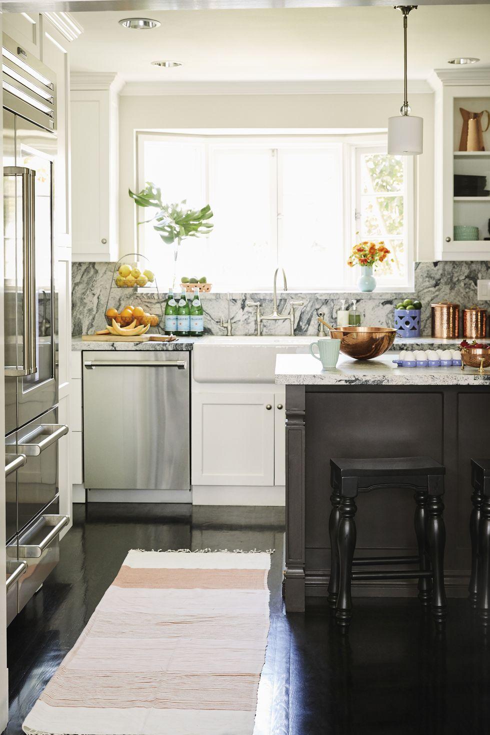 آشپزخانه خاص و متفاوت با بک گراند خاص 2020