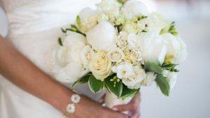 دسته گل مدل 99 سفید رنگ