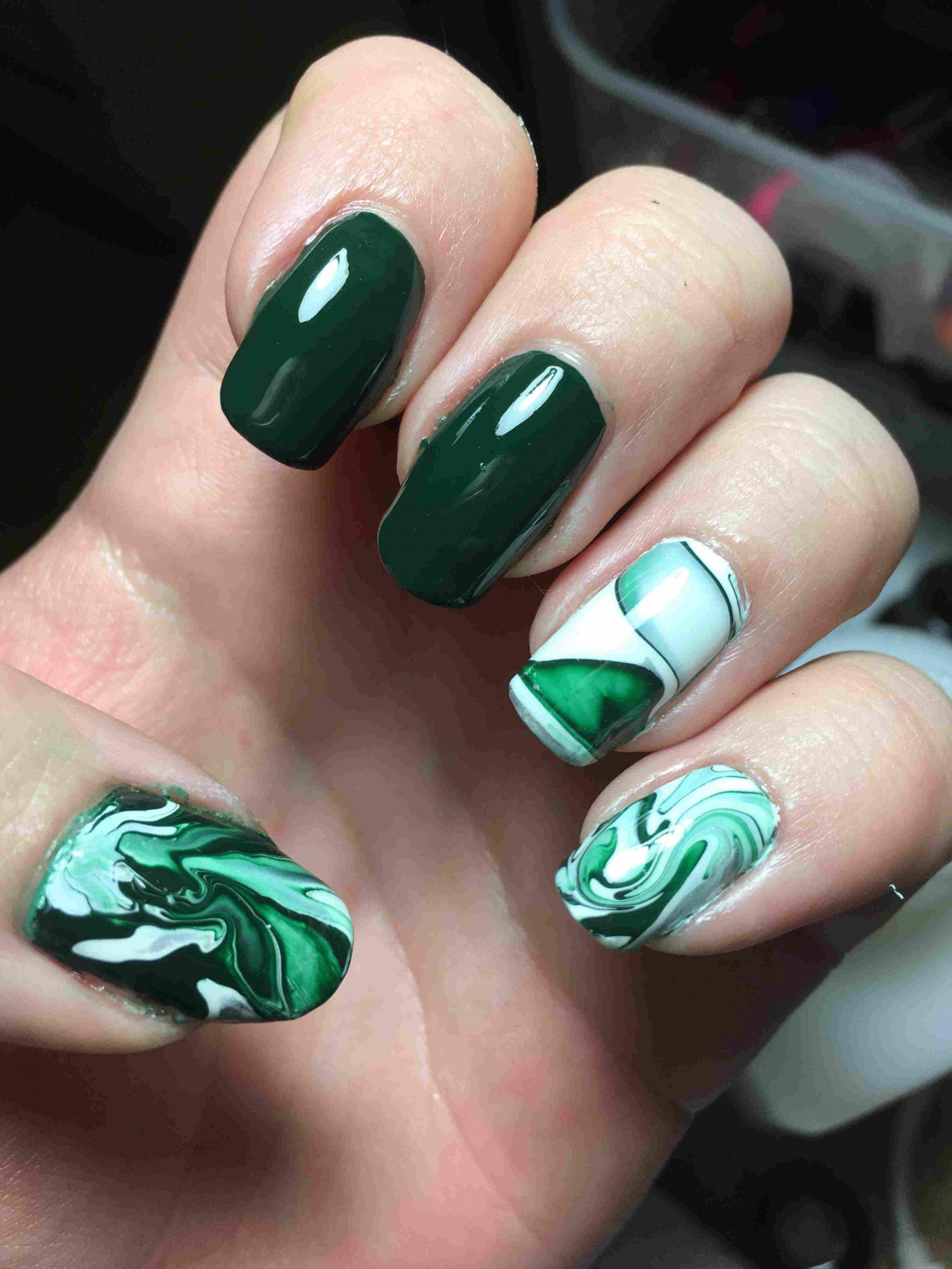 لاک سبز رنگ ترکیبی دیدنی