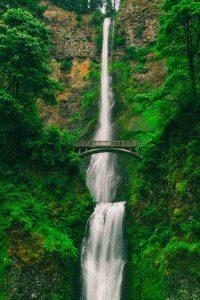 عکس پروفایل آبشار طبیعت